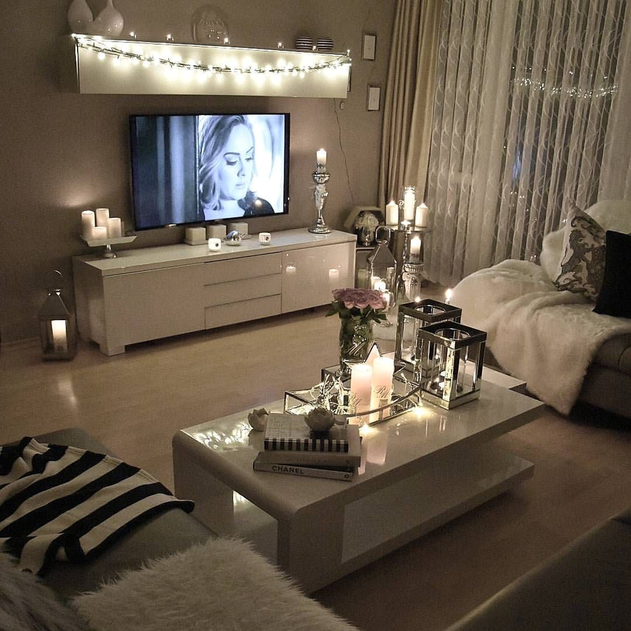 Apartment Living Room Layout With Tv Decoriate